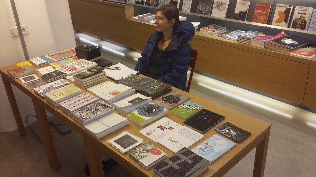 Büchertisch, Lena Brandauer
